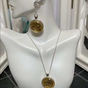 saundraD Jewelry - Gold Leather Cabochon Necklace Set